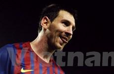 Messi quyết xô đổ kỷ lục của 2 huyền thoại Barca