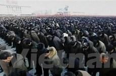 Video hàng vạn người mặc niệm ông Kim Jong-Il