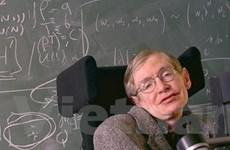 Stephen Hawking thừa nhận thua cược vì hạt Higgs