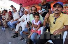 Người dân ở Libya bắt đầu nộp vũ khí cho quân đội