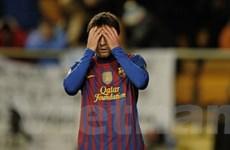 "Vất vả lập kỷ lục, Lionel Messi còn bị FIFA ""hắt hủi"""