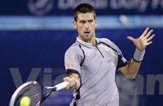Djokovic, Federer xuất sắc lọt vào bán kết ở Dubai