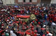 Người dân Venezuela tiễn đưa di hài ông Chavez