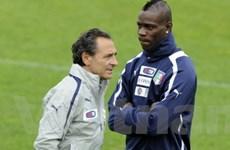 Prandelli muốn chứng kiến Balotelli - Messi so găng