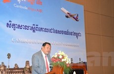 Hàng không Việt Nam-Campuchia hợp tác thu hút khách