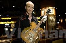 """Đàn guitar của The Beatles được bán với giá """"khủng"""""""