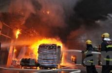 TQ: Nổ nhà máy sản xuất thuốc nổ, 12 người chết