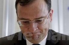 Thủ tướng Cộng hòa Séc Necas đệ đơn từ chức