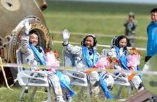 Trung Quốc: Tàu Thần Châu 10 về Trái Đất an toàn