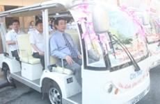 Xe điện phố cổ chính thức được đưa vào hoạt động