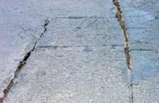 Tháng 5 chữa dứt điểm vết nứt mặt cầu Thăng Long