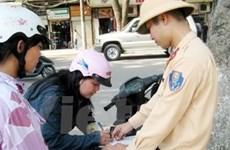 Tháng 5: Hà Nội phạt 12.000 lỗi đội mũ bảo hiểm