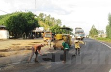 Nhật viện trợ 4,3 triệu USD bảo trì đường bộ VN