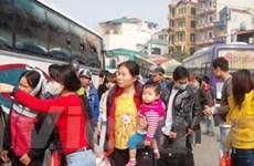 """""""Mệt nhoài"""" về Hà Nội vì đường tắc, bến xe nghẽn"""