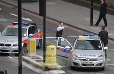 Quả bom giả gây báo động thật ở thủ đô London