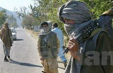 """Phiến quân Afghanistan """"nhắm"""" người nước ngoài"""