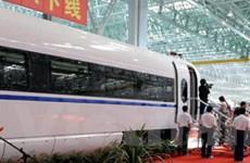 Trung Quốc sản xuất tàu hỏa tốc độ 380 km/giờ