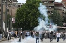 Bùng phát bạo lực sắc tộc nghiêm trọng ở Kosovo