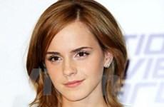 """""""Ma cà rồng"""" Robert yêu nàng """"phù thủy"""" Emma?"""