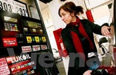 Giá dầu biến động trái chiều tại thị trường thế giới