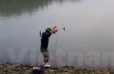 Nguồn thủy sinh bị tận diệt trên sông Nậm Rốm