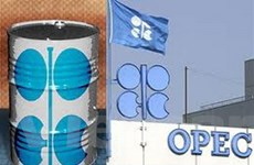 Quyết định của OPEC đẩy giá dầu châu Á tăng nhẹ