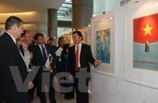 Triển lãm những bức tranh cổ động Việt Nam tại Bỉ