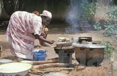 Bếp đun thô sơ cướp đi 2 triệu mạng người mỗi năm