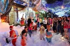 TP Hồ Chí Minh rộn rã đón mừng Giáng sinh 2011