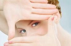 Thủ thuật đơn giản xóa quầng thâm và bọng mắt