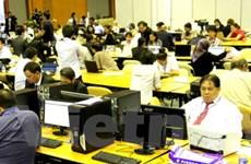 Các phóng viên hài lòng với Trung tâm báo chí ASEM 9