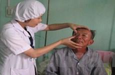 Hà Tĩnh: Phẫu thuật mắt miễn phí cho bệnh nhân nghèo