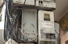 Báo động nạn trộm cắp điện ở một số tỉnh miền Bắc