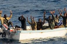 Philippines cứu 12 thủy thủ bị hải tặc bỏ trôi trên bè