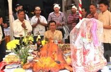Cộng đồng người Việt tại Lào tổ chức đón Tết sớm