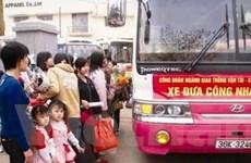 Hơn 100 chuyến xe đưa công nhân về quê đón Tết