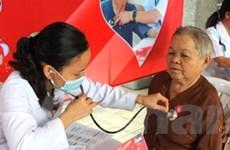 Khám bệnh miễn phí 600 người nghèo ở Hậu Giang