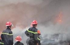 Cháy lớn tại khu công nghiệp Tân Tạo ở TP.HCM