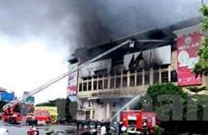 Cháy lớn tại chợ trái cây Thạnh Trị của Tiền Giang