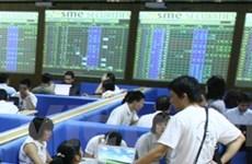 """Tháng Tám: Siết """"lò xo"""" tăng áp lực nén thị trường"""