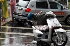 """Những dịch vụ dễ """"hốt bạc"""" trong ngày mưa bão"""