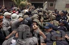 Quân đội Honduras ngăn ông Zelaya về nước