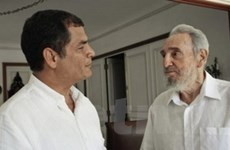 Lãnh tụ Cuba Fidel tiếp Tổng thống Ecuador