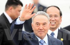 Tổng thống Kazakhstan được phong lãnh tụ dân tộc