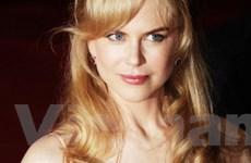 """Nicole Kidman """"vã mồ hôi"""" khi làm nhà sản xuất phim"""