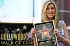 Jennifer Aniston nhận sao trên Đại lộ Danh vọng