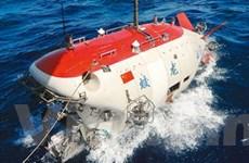 Tàu lặn Giao Long đạt độ sâu kỷ lục hơn 6.000 mét