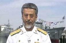 Iran theo dõi sát sao tàu chiến Mỹ ở Vịnh Persian