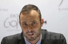 """""""Người không chân"""" Pistorius được phép ra nước ngoài"""
