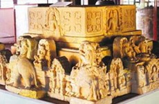 Trưng bày 100 hiện vật văn hóa Sa Huỳnh